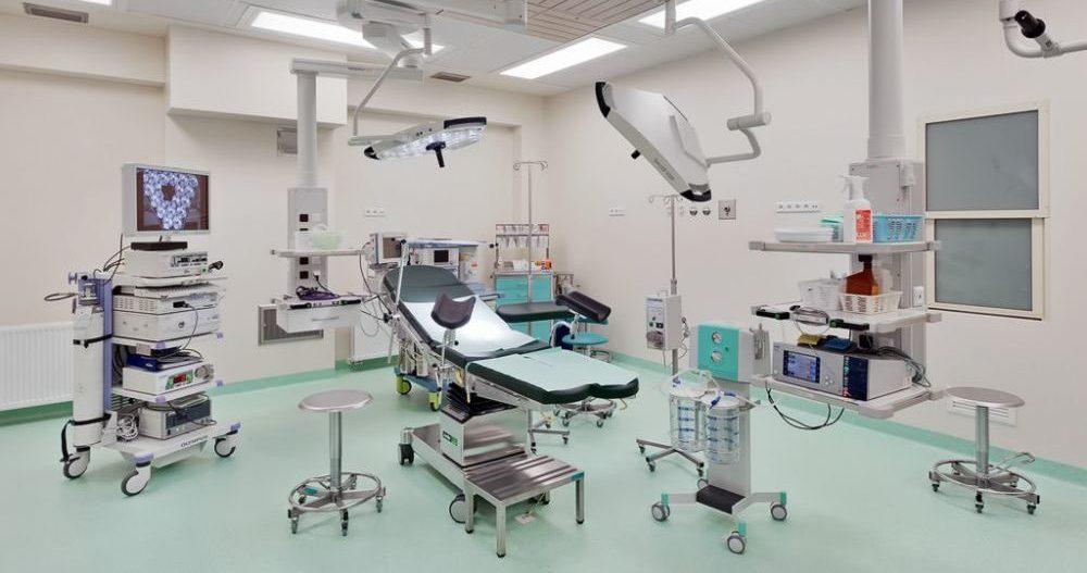 fotel specjalistyczny medyczny w sali zabiegowej