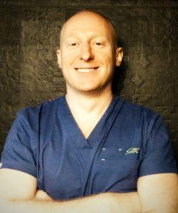 Dr n. med. Rafał Pabiańczyk, specjalista chirurgii plastycznej